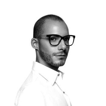 Выпускник Istituto Marangoni — известный дизайнер обуви