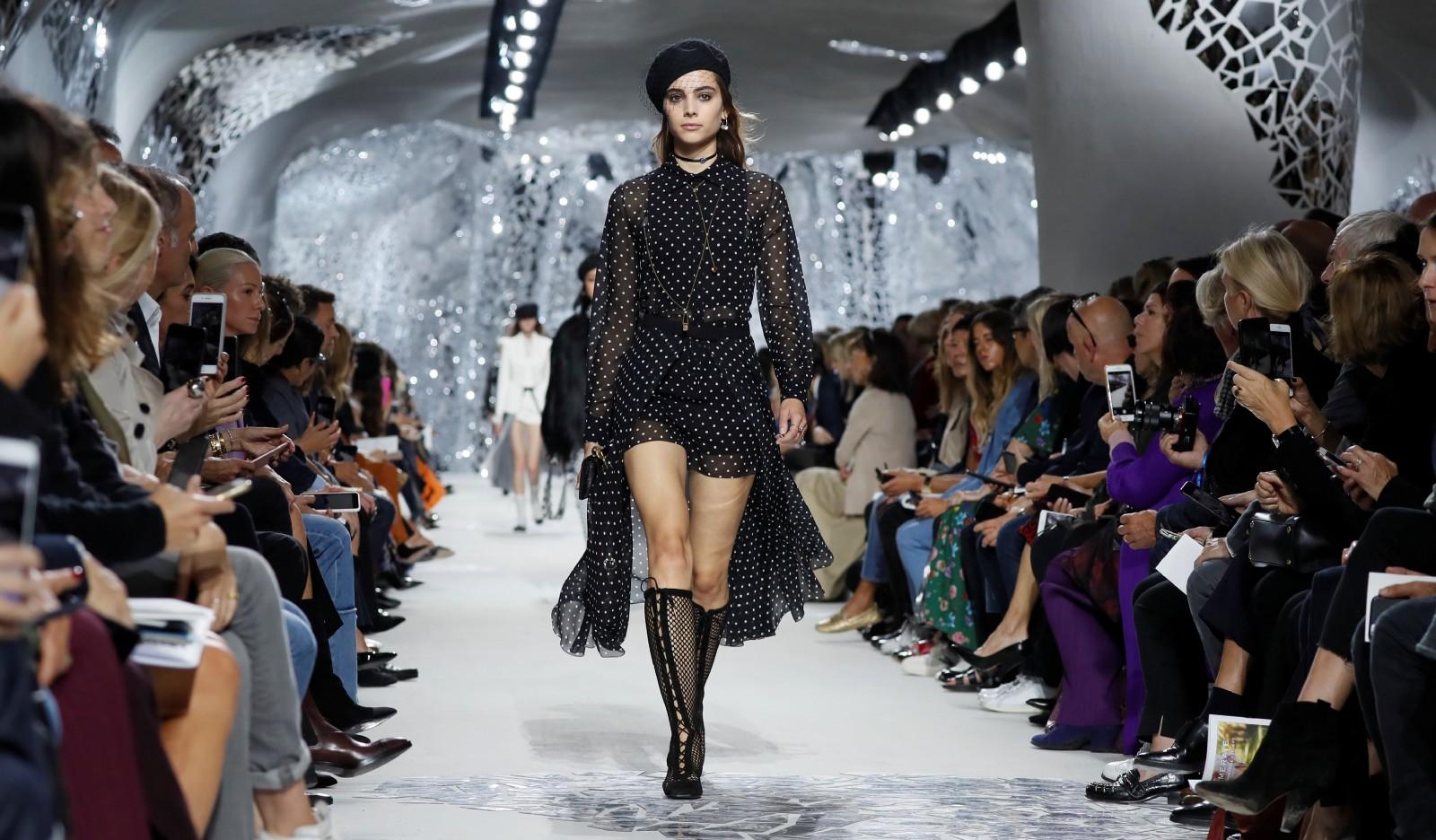 французская мода показ картинки для